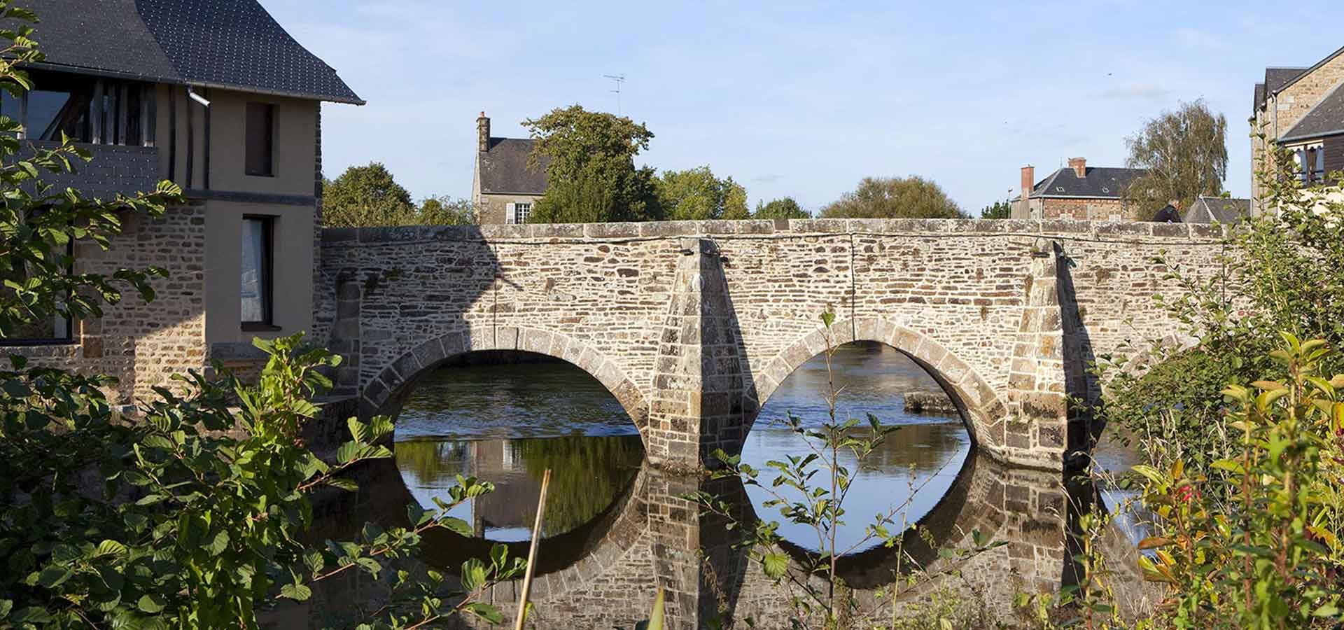 Pont de la Sélune à Ducey en Normandie, à proximité du Mont Saint-Michel