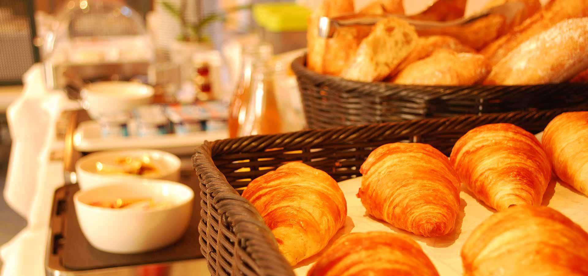 Votre petit-déjeuner à l'Auberge de la Sélune à Ducey